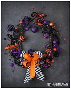Halloween Shop - Gorgeous handmade little girl skirts and fun Halloween wreaths.