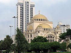 Catedral Ortodoxa de São Paulo  perto da estação Paraíso do Metrô