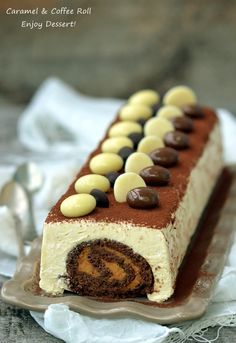 Chocolate roll in coffee mousse Russian Desserts, Russian Recipes, Coffee Mousse, Cake Recipes, Dessert Recipes, Chocolate Roll, Romanian Food, Something Sweet, No Bake Desserts