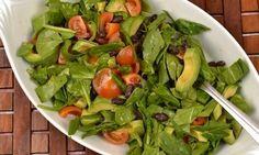 Grönsallad med avokado och bönor | Receptfavoriter