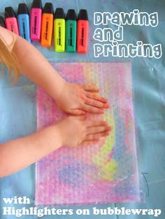 Drawing & Printing with Highlighters on Bubble wrap