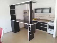 Küche U-Form Küchentresen Holz-Konstruktion Halogenleuchten ... | {Küchenideen u form 44}