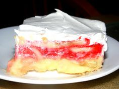 Moms Pantry: Banana Strawberry Pudding Dessert