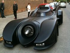 This Batmobile is all hard work, its creator spent 20,000 hours modifying a 1973 Lincoln Continental to bring to the shape and form of the Batmobile.