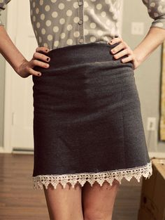 Sweatshirt Skirt tutorial - wouldn't work for a sweatshirt with a directional print though. Diy Clothing, Sewing Clothes, Diy Fashion, Ideias Fashion, Diy Sweatshirt, Skirt Tutorial, Creation Couture, How To Make Clothes, Cycling Outfit
