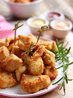Baked chicken nuggets, crispy and light Marianna Pascarell - Chef HELEN LOG Carne, Cena Light, Pollo Chicken, Baked Chicken Nuggets, Best Dinner Recipes, Daily Meals, Antipasto, Light Recipes, Finger Foods