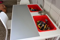 DIY {Lego} Table  awesome table!