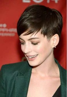 Anne Hathaway pixie for fine hair click now for info. Haircuts For Fine Hair, Pixie Hairstyles, Pixie Haircuts, Cropped Hairstyles, Pixie Haircut Styles, Messy Pixie Haircut, Korean Hairstyles, Prom Hairstyles, Celebrity Hairstyles