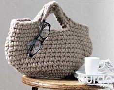 Описание вязания крючком сумки из толстой пряжи из журнала Burda №12/2013