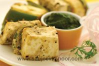 Paneer Tikka Kali Mirch: Paneer cubes marinates with spices with spicy flavour of crushed roasted black peppercorns.