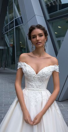 Discount 2019 Crystal Design Wedding Dresses Sexy Off Shoulder Backless Lace Appliques Bridal Gowns Sweep Train A Line Wedding Dress … Used Wedding Dresses, Boho Wedding Dress, Designer Wedding Dresses, Bridal Dresses, Wedding Gowns, Casual Wedding, Fantasy Wedding Dresses, Wedding Gown A Line, Barbie Wedding Dress
