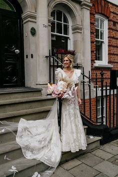 This bride was absolutely stunning in her modern flutter-sleeve gown | Image by Epic Love Story Pink Bridesmaid Dresses, Black Wedding Dresses, Wedding Gowns, Bridal Cover Up, Lace Bride, Industrial Wedding, Modern Industrial, Blush Pink Weddings, London Wedding