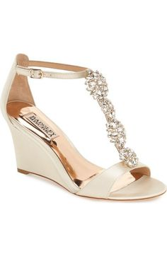 Some of the Best Wedding Shoes by Badgley Mischka. Bridal shoes get high style from these designer wedding shoes for special occasions and weddings. Wedding Wedges, Wedge Wedding Shoes, Wedding Boots, Wedge Shoes, Wedge Sandals, Shoes Sandals, Bridal Shoes Wedges, Sandals Wedding, Wedding Garters