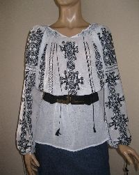 Black-white Romanian blouse available at www.greatblouses.com