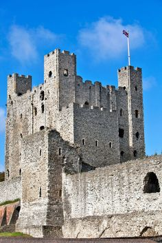 Castles Inside and Out | Kids Discover