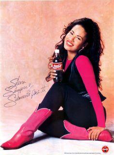 Remembering The Queen Of Tejano - Selena Quintanilla Perez. So beautiful:'(