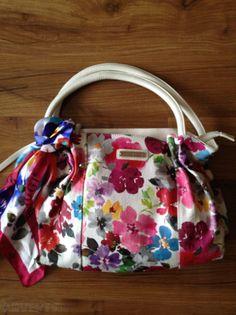 a0c1e7078bdf Bulaggi Shoulder Bag with Floral Print Bag Sale