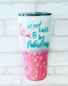 Flamingo Tumbler with Flamingo glitter 😍😍 Mom Tumbler, Tumbler Cups, Vinyl Tumblers, Custom Tumblers, Glitter Cups, Glitter Tumblers, Diy Chalk Paint Recipe, Glitter Crafts, Custom Cups