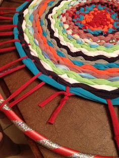 This year I am moving to a new school and I don't have any rugs in my classroom. I made this super easy t-shirt rug this afternoon. I...