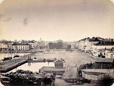 Kauppatori ja Esplanadi Katajanokalta nähtynä 1860-luvulla.