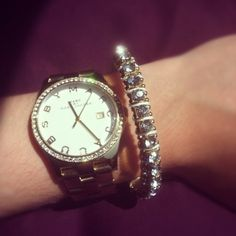 I'm inlove with my new watch!    Marc by Marc Jacobs Henry Watch