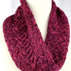 Red Cabled Cowl // neckwarmer // Merino by OrangeSmoothieKnits