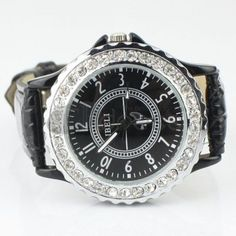 The fashion black couple diamond watch