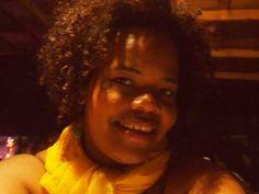 Esta semana, una politóloga dominicana fue discriminada por la forma en la que llevaba su cabello. Al parecer, esto la hace menos capaz para continuar sus estudios superiores.Nicki González publicó un mensaje en su cuenta de Facebook en el que relataba cómo le fue negado el apoyo por parte del Ministerio de Educación Superior, Ciencia y Tecnología de República Dominicana.Hoy la honorable ministra me dijo: yo no le doy becas a personas que tengan el pelo como tú, soy anticuada pero no.