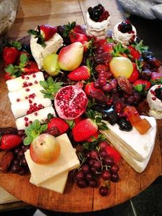 This is how a cheese platter should look!!!