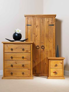 Farmhouse Bedroom Trio Solid Pine   Wardrobe   4 Drawer Chest   2 Drawer Bedside