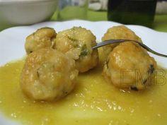 Albóndigas de pollo en salsa de manzana