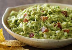 A+guacamole+a+világ+egyik+legnépszerűbb+azték+eredetű,+avokádóból+készült+pikáns+étele.+A+mexikói+konyha+mindennapos+fogását+hazánkban+kevésbé+ismerik,+pedig+rendkívül+egészséges,+tápláló+étel.+ Az+alap+guacamole+receptje+avokádót,+paradicsomot,+hagymát,+koriandert,+jalapeno+paprikát+és+lime+levet…