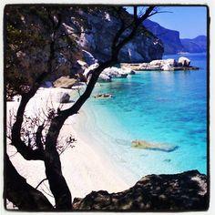Cala Mariolu nel Golfo di #Orosei #Baunei #Sardinia #Sardegna #igersardegna - @sardegna_com #webstagram