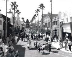 Hollywood Boulevard as it appeared in 1989 #disney #imagineering  www.mainstreetgazette.com