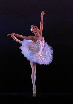 Lisa Macuja-Elizalde___The first Filipina prima ballerina