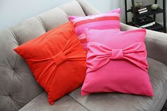 diy pillow - could be even cuter with coordinating fabric for the tie