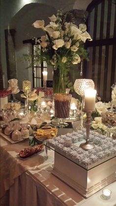 Elegante mesa de dulces