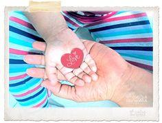 """Cositas hermosas    Este blog nace del deseo de querer ver todo color rosa, como dicen """"las cosas son del color del cristal con que se miren"""" y aunque no pretendo hacer la del avestrúz si quiero aprovechar este blog para compartir cosas mías como Madre, mujer, ama de casa, esposa y todos aquellos roles que me ha dado la vida, espero les guste y hagan sus comentarios"""