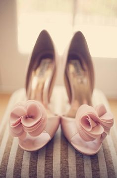 Blush heels are the perfect way to add the color palette into my wardrobe. #dawninvitescontest