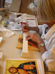 Cursussen en Lezingen over Ikonen Religious Icons, Religious Art, Monastery Icons, Writing Icon, Small Icons, Byzantine Icons, Holy Mary, Painting Studio, Art Icon
