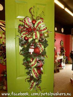 Christmas teardrop wreath
