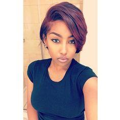 Pretty cut & color on @royale.co #thecutlife #selfie #haircolor #bob #shorthair #beauty