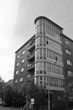budynek przy ulicy ul. Podchorażych 3 w Katowicach