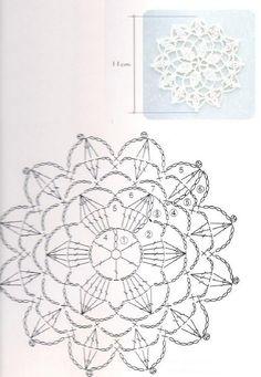 Dailie knitting, crochet pattern white flowers.