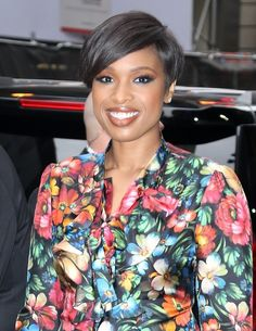 Jennifer Hudson Short Side Part - Jennifer Hudson was stylishly coiffed with this short side-parted 'do while visiting 'Good Morning America.'