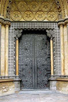 Westminster Abbey Iron Door & Westminster Abbey North Door | Westminster and Westminster abbey ... Pezcame.Com
