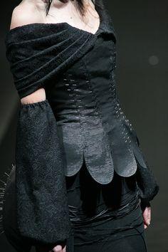 [No.3/55] alice auaa 2013~14秋冬コレクション | Fashionsnap.com