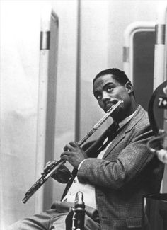 great photo of eric dolphy