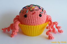 Crochet cupcake jelly-fish