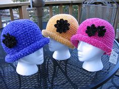Chenille Glam Roll Brim Hat pattern by Kathy North